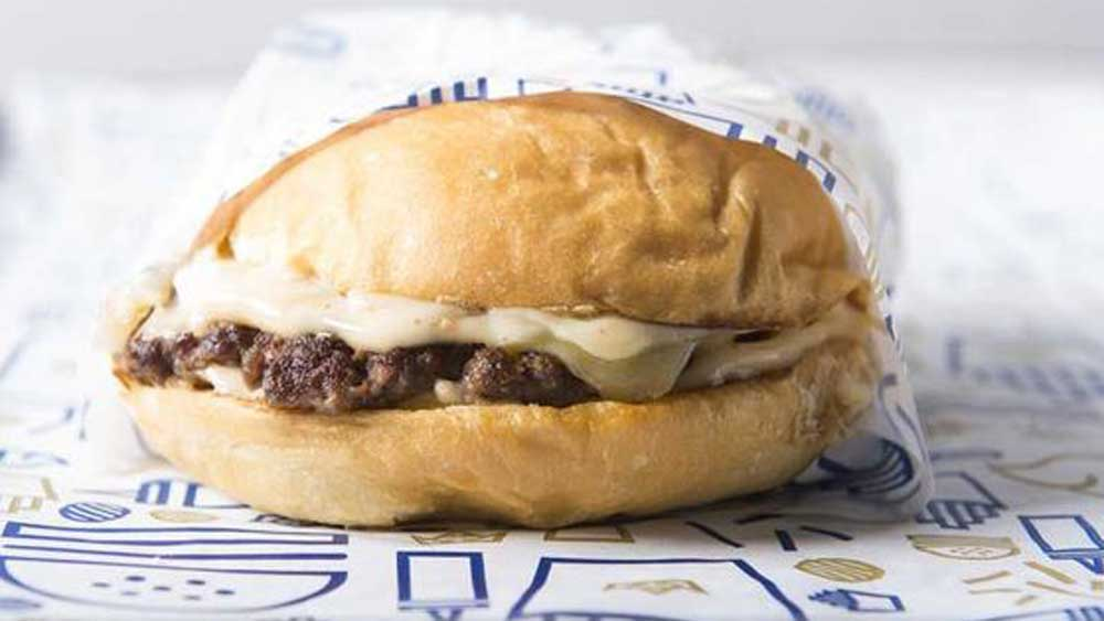 "<a href=""http://kitchen.nine.com.au/2016/10/18/15/08/royal-stacks-single-stack"" target=""_top"">Royal Stacks' single stack burger</a>"