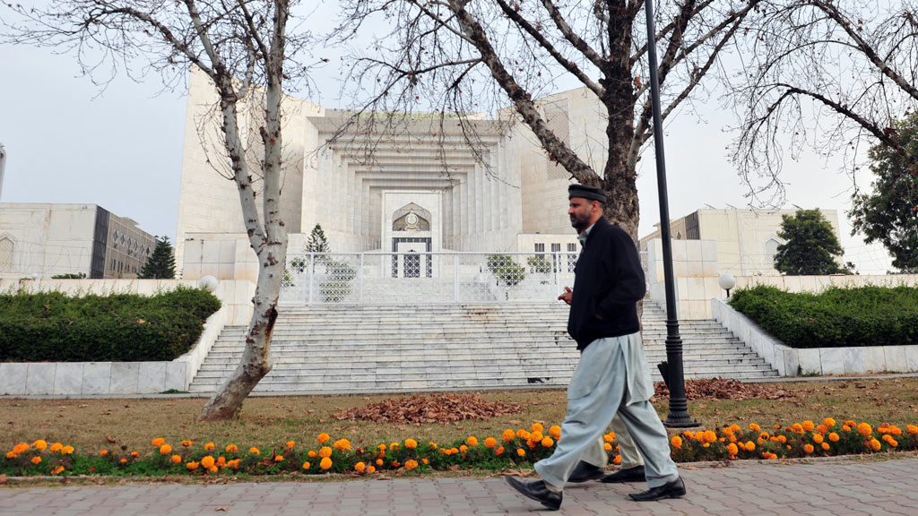 Pakistan top court says schizophrenia not a mental illness