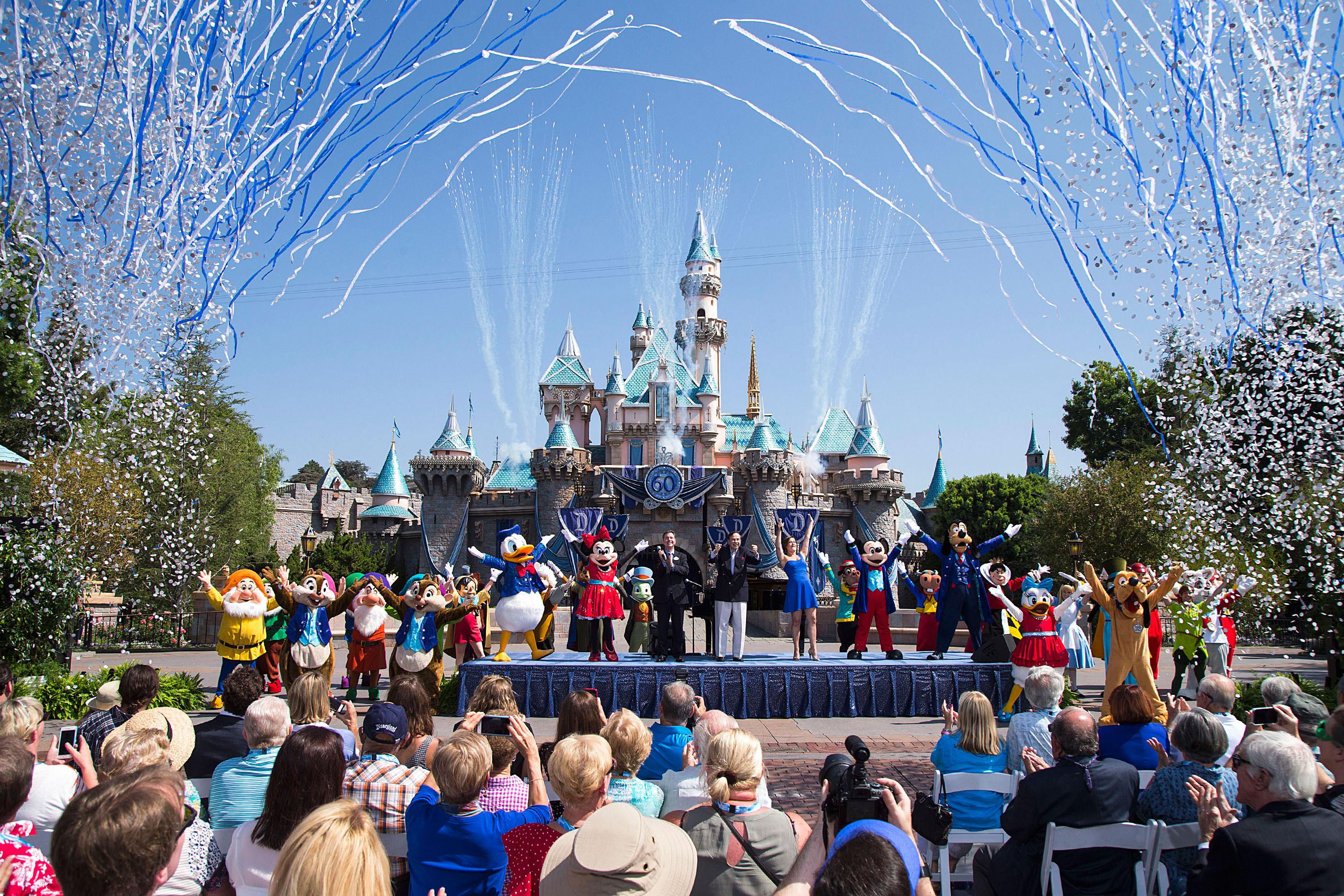 <strong>1. Disneyland, Anaheim, California, America</strong>