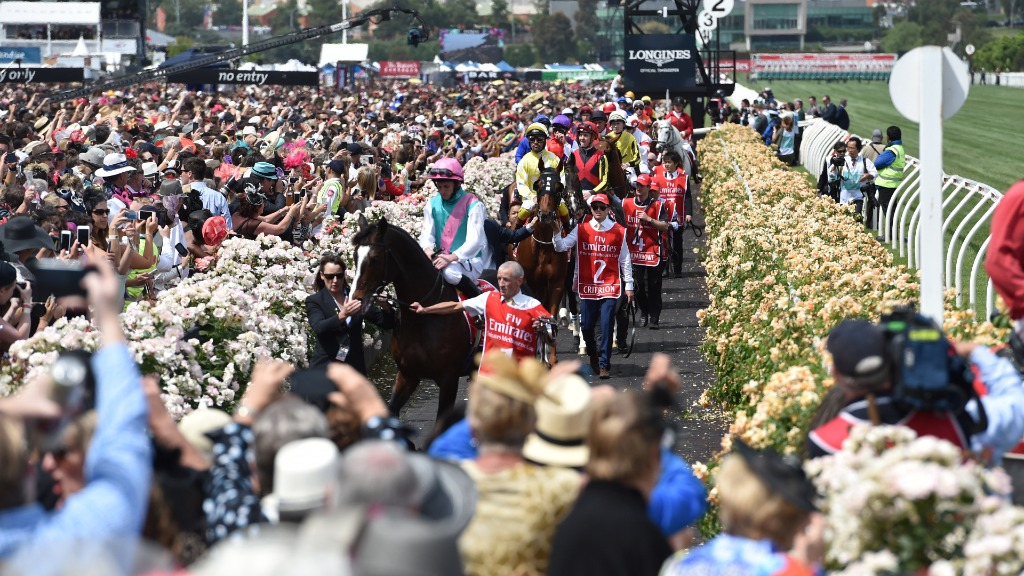 Train driver strike could affect Melbourne Cup commuters