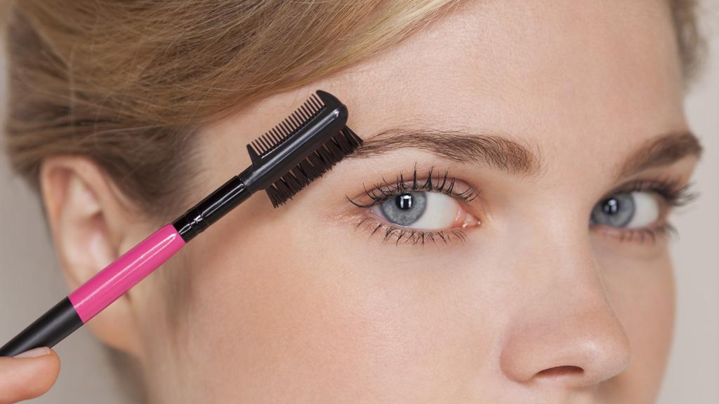 Japan 'make-up etiquette' video sparks backlash