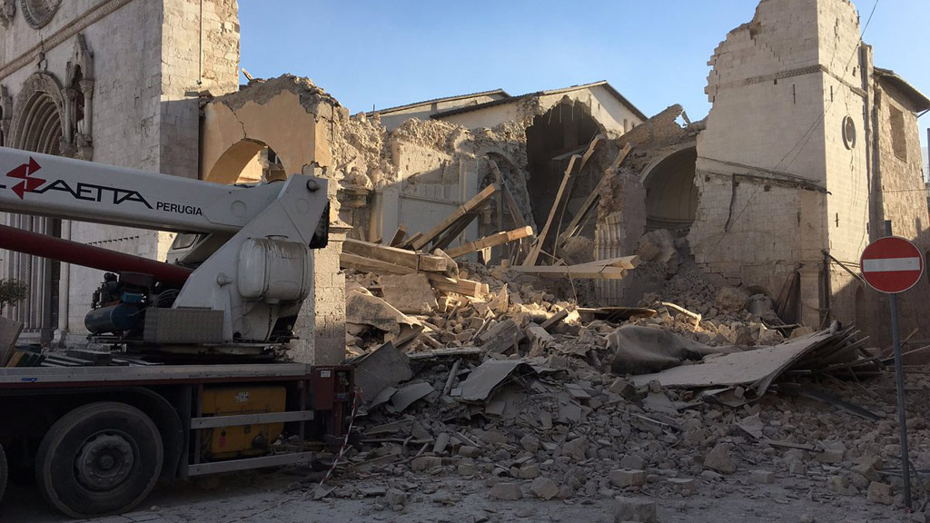 The Basilica of Saint Benedict has been destroyed in the earthquake. (Twitter)