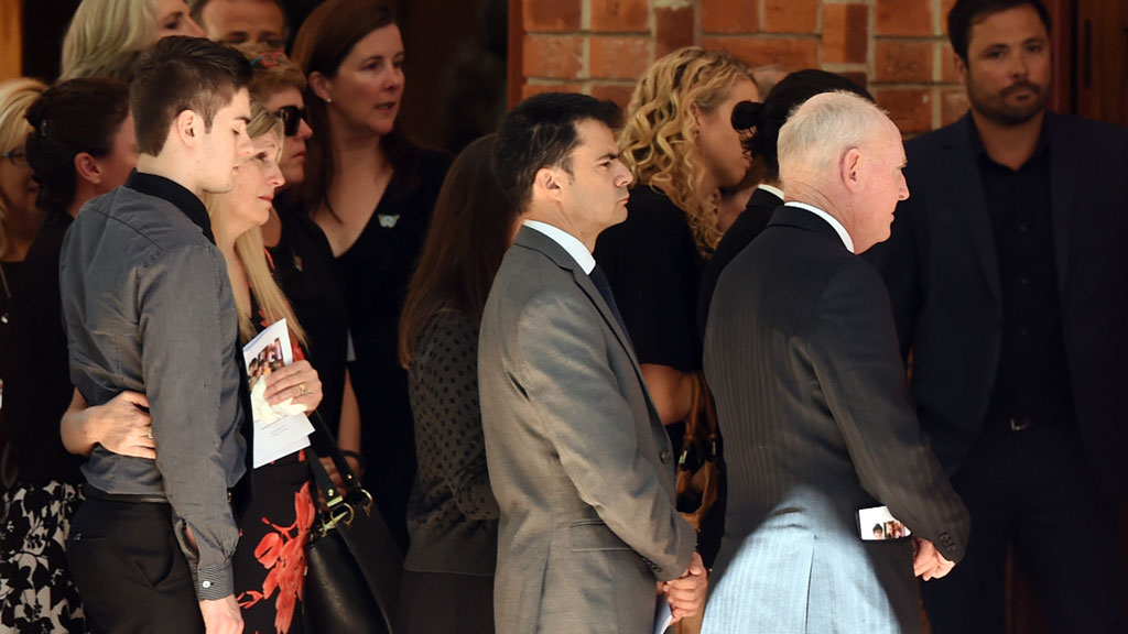 Hundreds farewell Sydney family killed by airborne gas