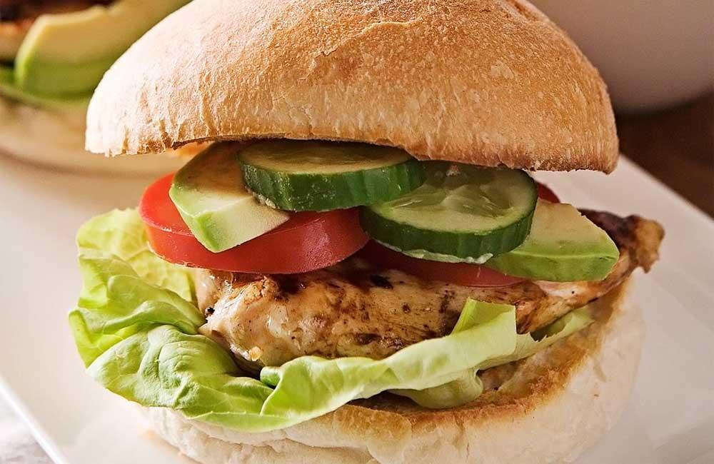 Tasty chicken burger recipe. Image: Real Living
