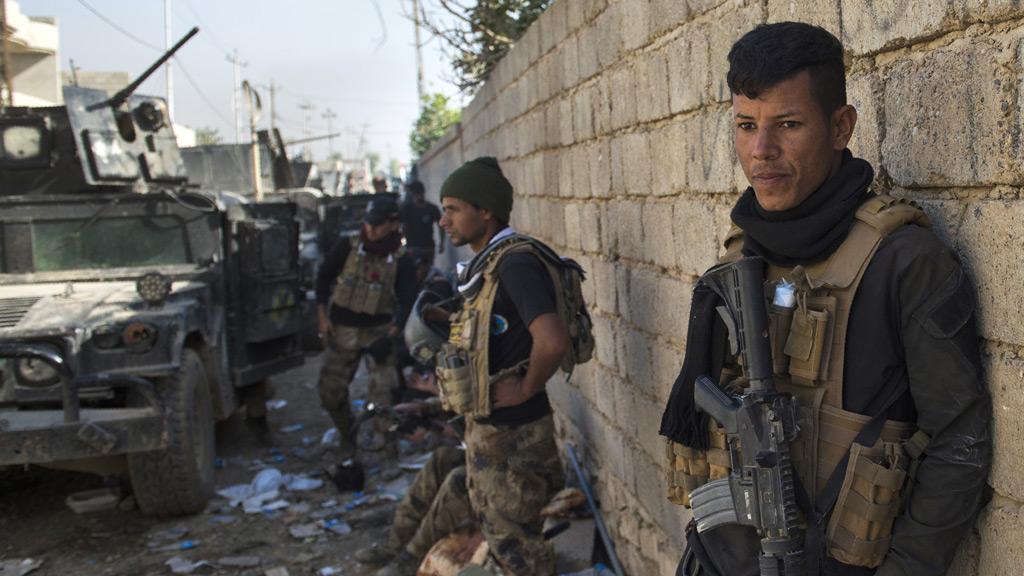 US-backed Iraqi forces advance towards Mosul