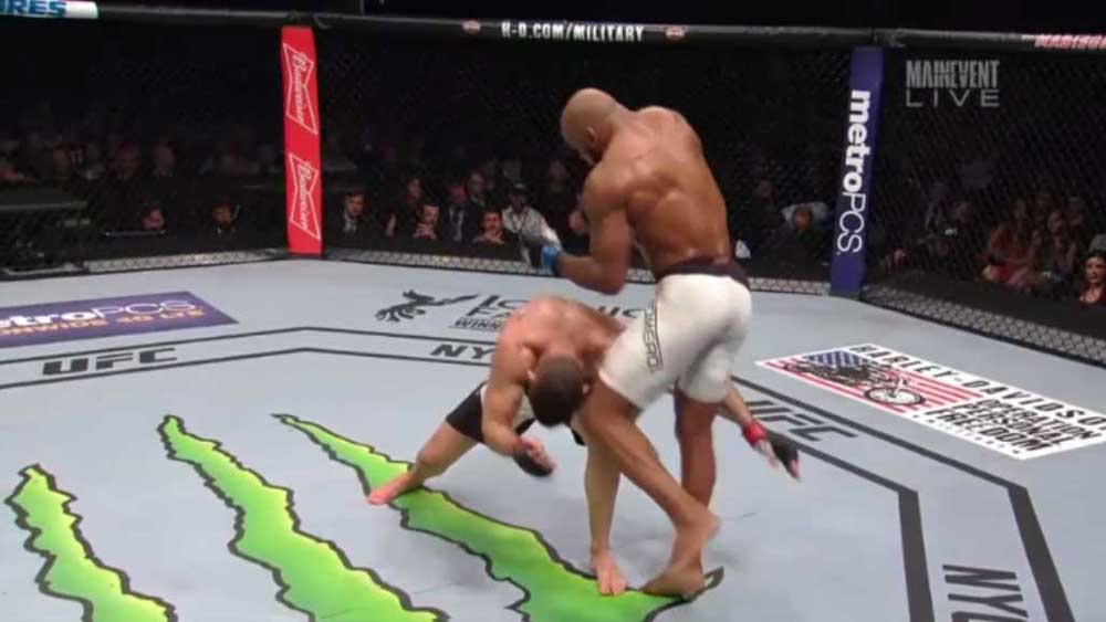 UFC: Cocky Romero hammers rival with flying knee