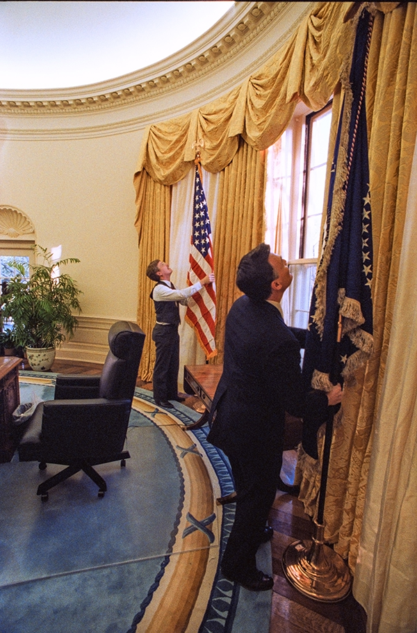 10 Surprising Facts About Moving Into The White House