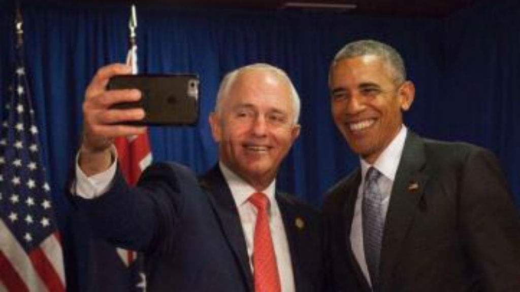 PM Turnbull nabs farewell selfie with outgoing US President in Peru