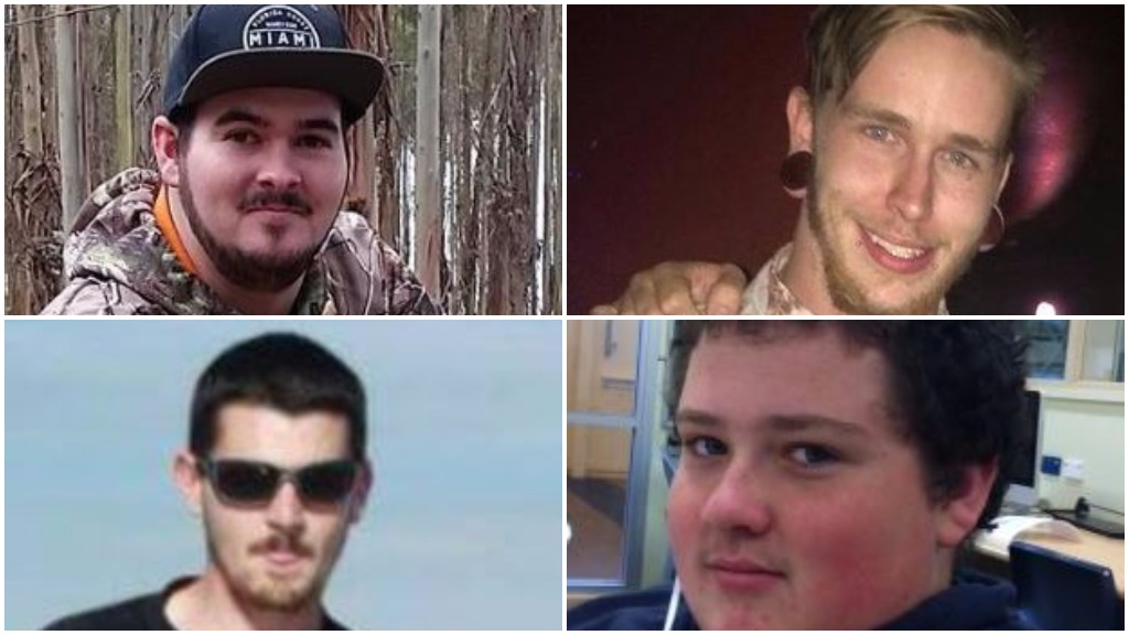 'Put your hard hats out': Devastated locals pay tribute to four tradies lost in Penola crash