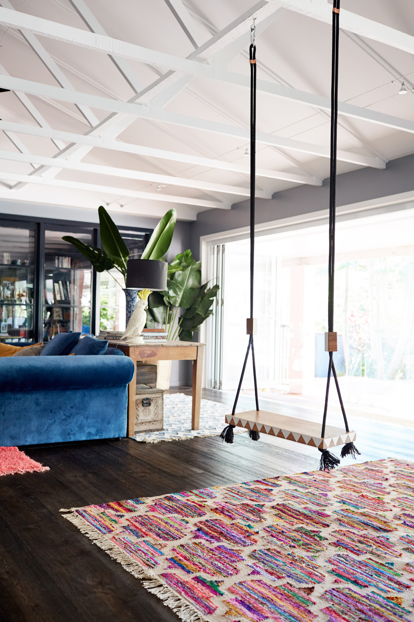 Beautiful byron bay abode designed by mother daughter duo for Quirky home interiors