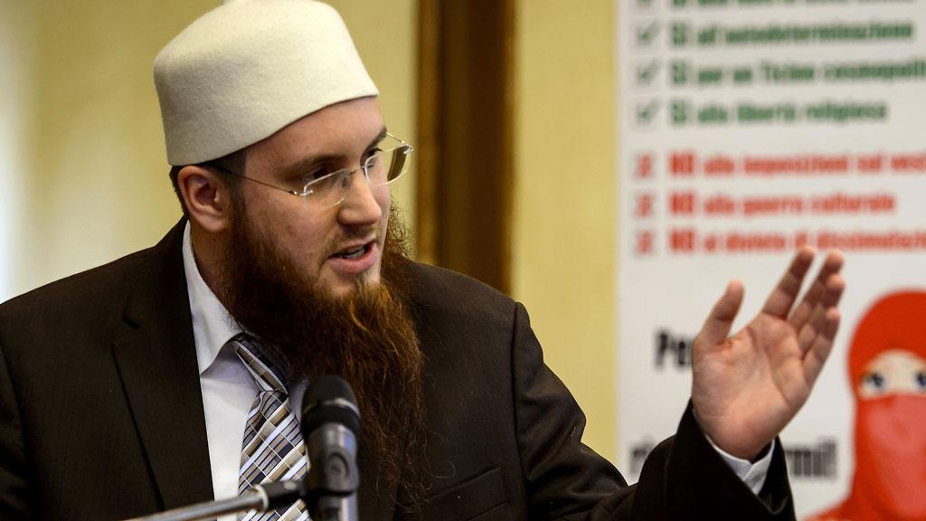 Swiss probe top Muslim leader over jihadist propaganda