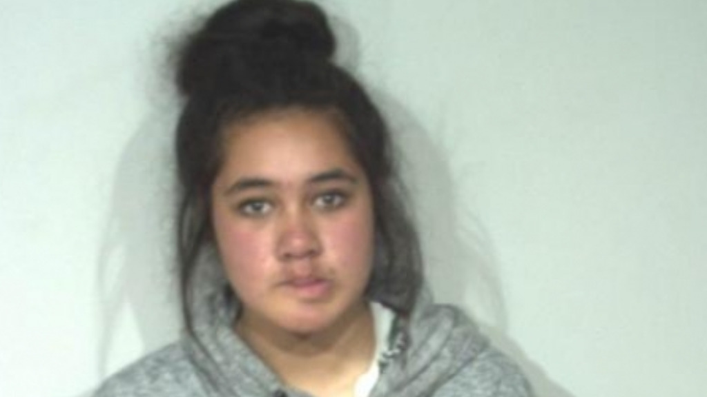 New photo released of missing Victorian teenager