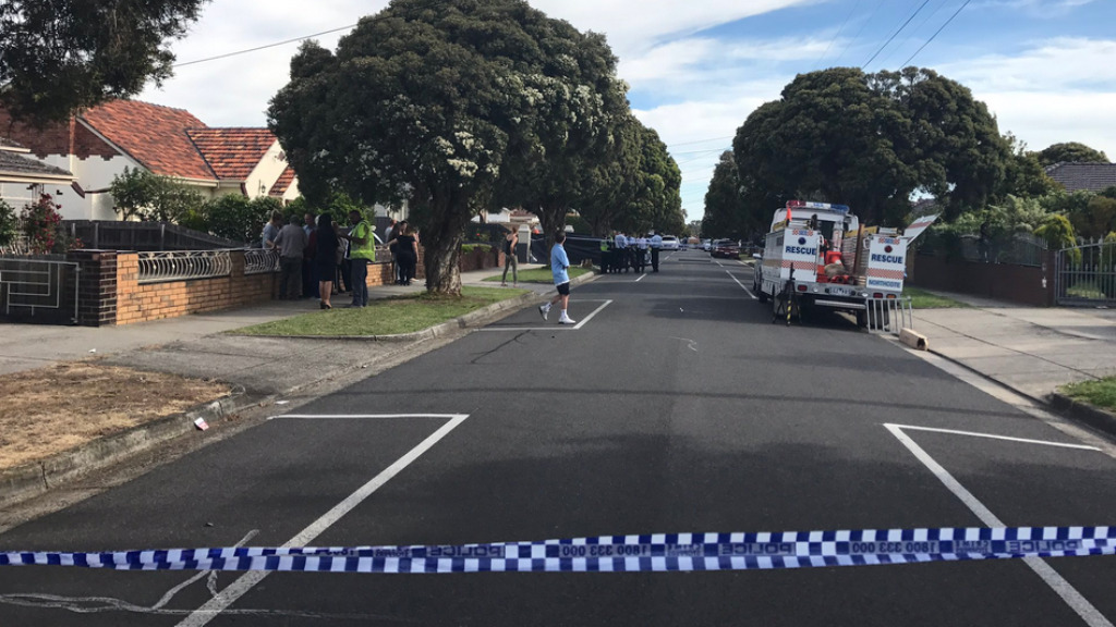 Police continue to investigate the circumstances surrounding the death. (Neary Ty, 9NEWS)