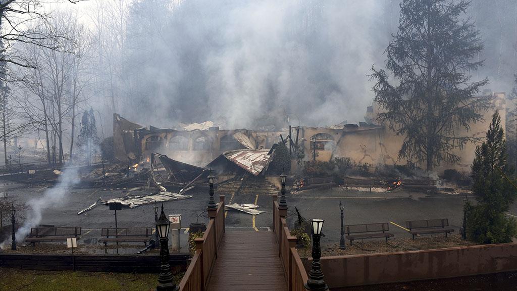 The fire tore through a steakhouse in Gatlinburg. (AAP)