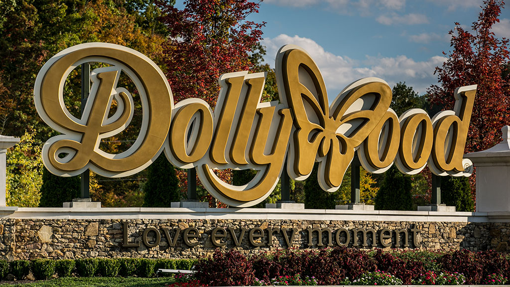 """Dolly Parton said she was """"heatbroken"""" by how much damage the fires have caused to local homes and forestland. (Getty)"""