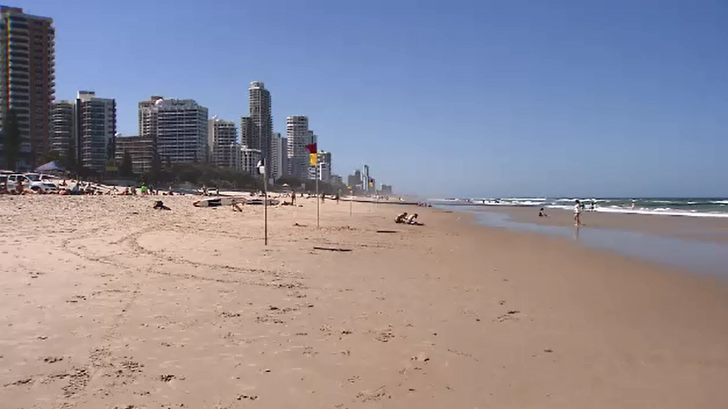Queenslanders have been urged to prepare for the hot conditions. (9NEWS)