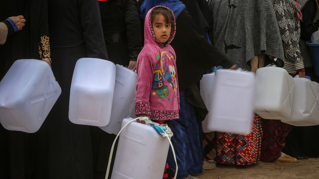 'Catastrophic' water shortages for 500,000 people in Mosul, Iraq