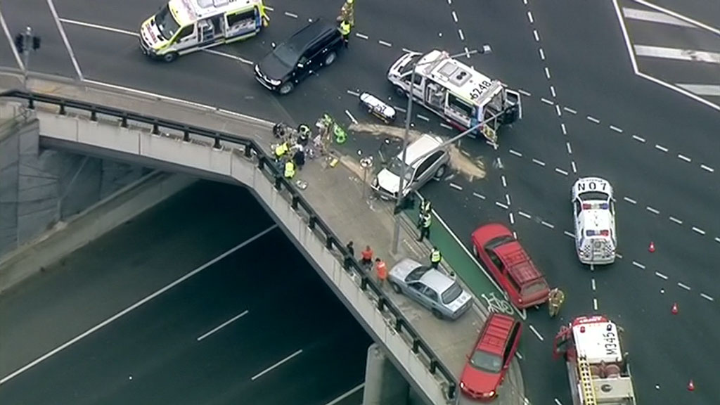 Driver arrested after motorcyclist struck and killed near Melbourne's Eastern Freeway