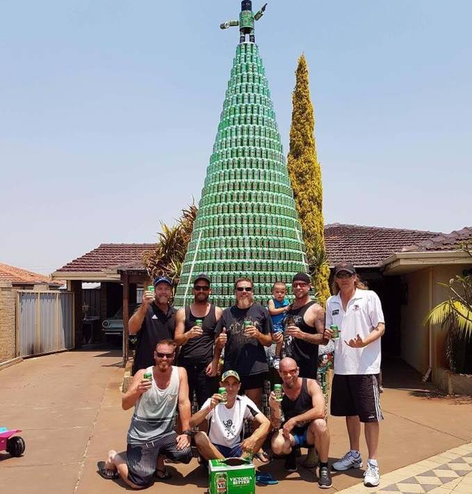 Wes Boyd and friends with his VB Christmas tree. (Wes Boyd)