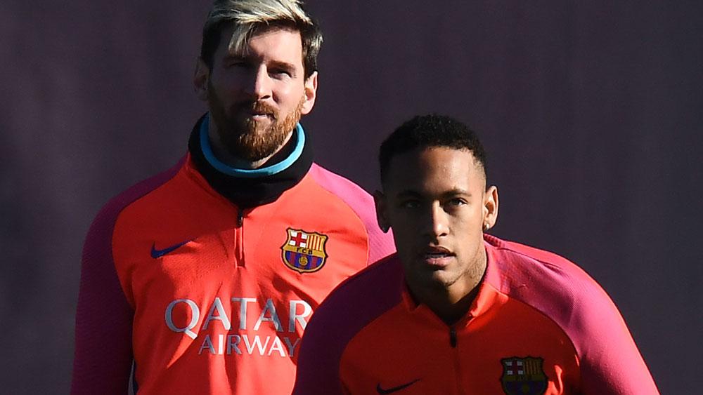 Barcelona teammates Lionel Messi and Neymar preparing for El Classico. (Getty Images)