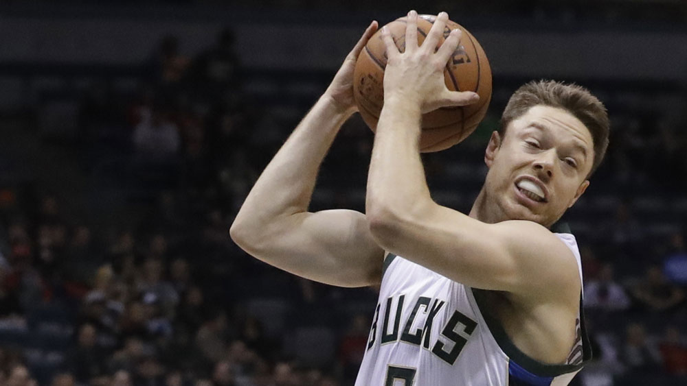 Matthew Dellavedova had a season-high 18 points the the Bucks. (AAP)
