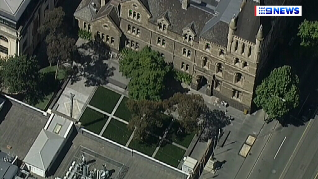 Several buildings at Melbourne's RMIT University evacuated after threats received