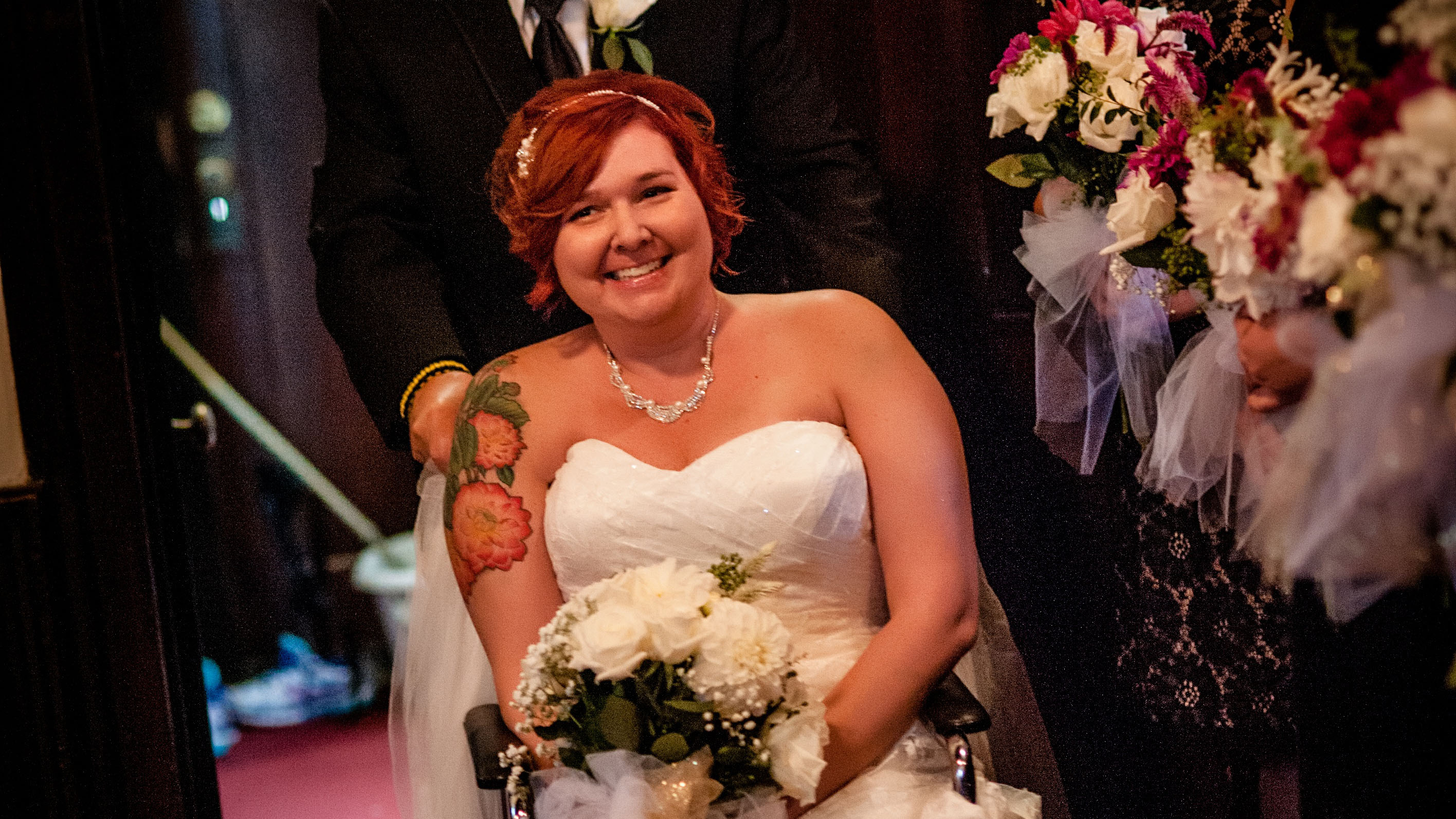 Cancer patient receives dream wedding during treatment