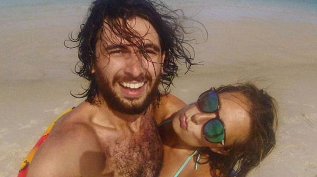 Backpacker lay next to lightning strike victim's body for hours