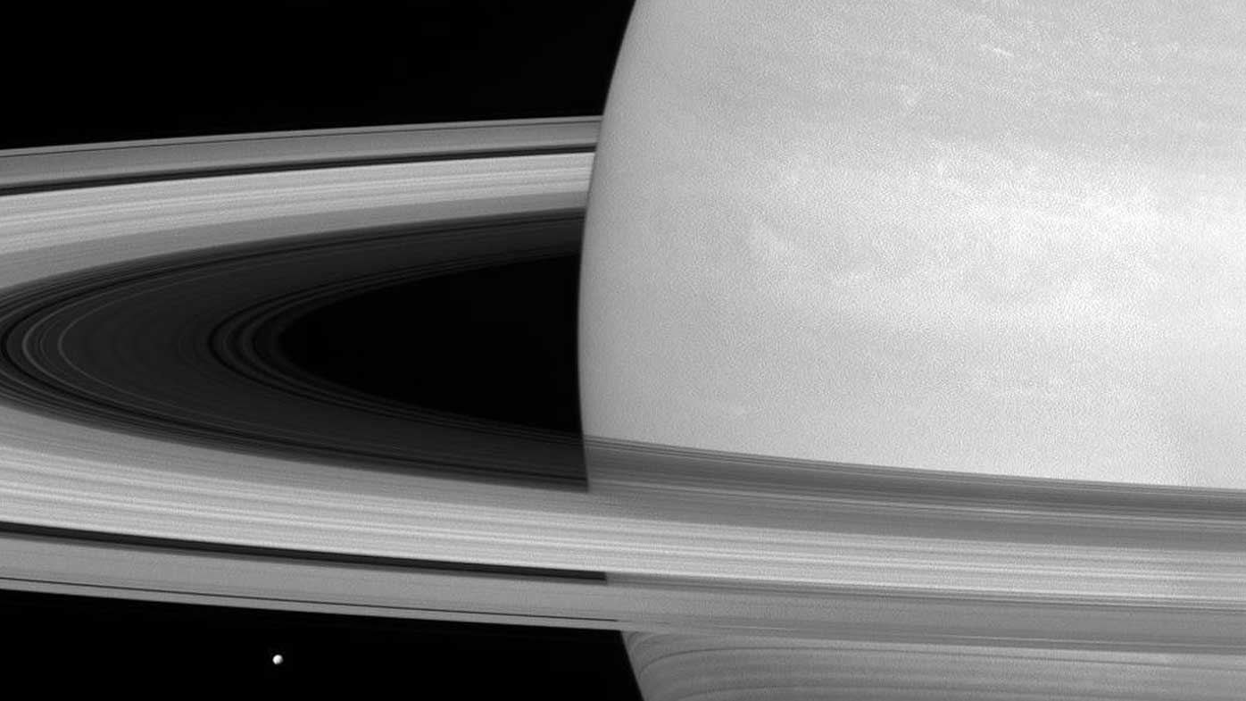 First images of Cassini's close dive into Saturn's rings streamed back to Earth