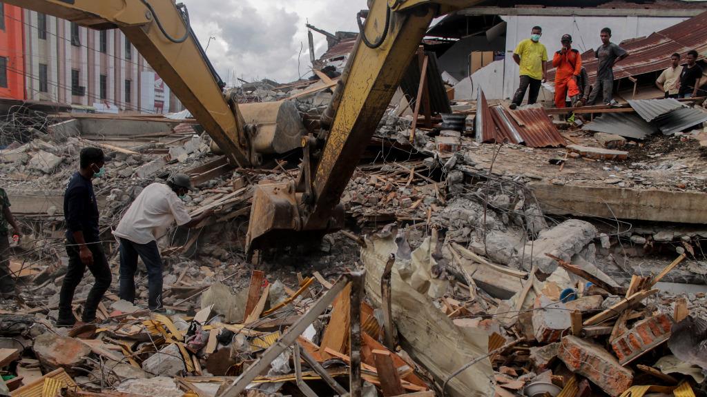 Australian government announces $1m earthquake aid for Indonesia