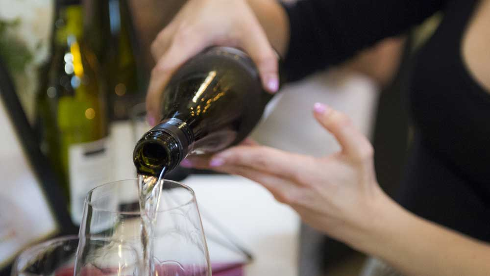 Serving wine at the right temperature
