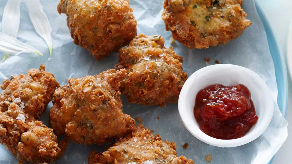 """<a href=""""http://kitchen.nine.com.au/2016/05/13/13/32/cheese-and-herb-beignets"""" target=""""_top"""">Cheese and herb beignets<br />                                                     </a>"""