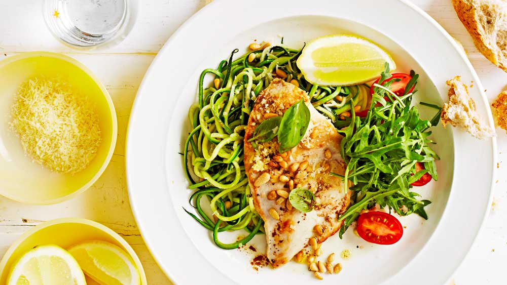 Low carb chicken with zucchini noodles. Image: WW Freshbox