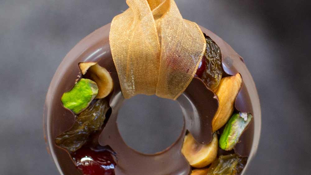 Kirsten Tibballs' chocolate nut Christmas wreath