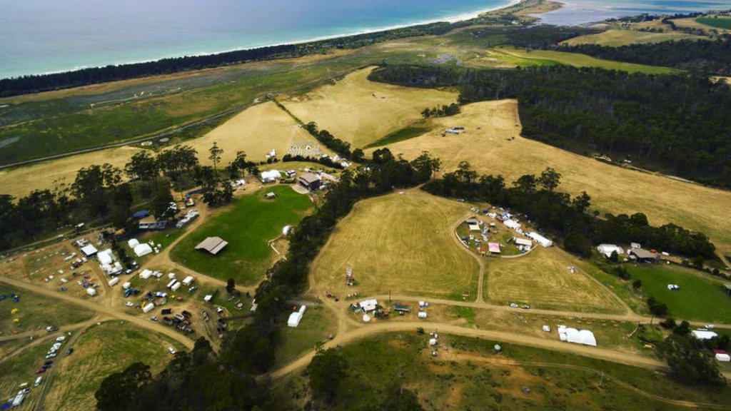 Three young girls sexually assaulted at Falls Festival in Marion Bay, Tasmania