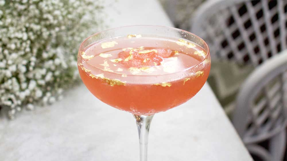 Frosé luxe cocktail with gold leaf