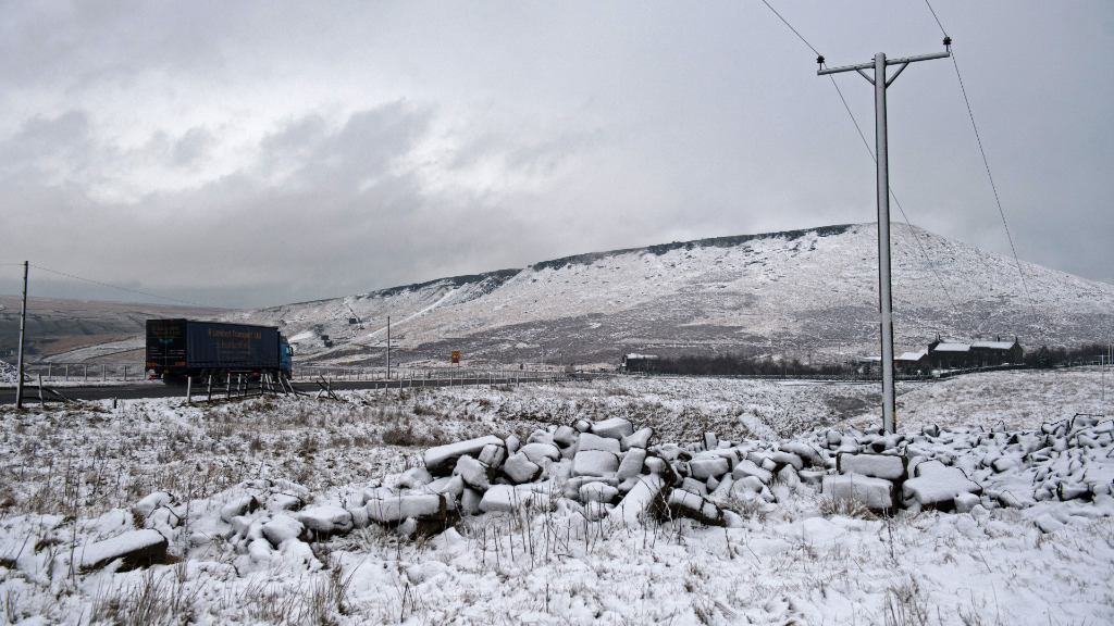 Army soldiers deployed as Britain shivers through big freeze and flood