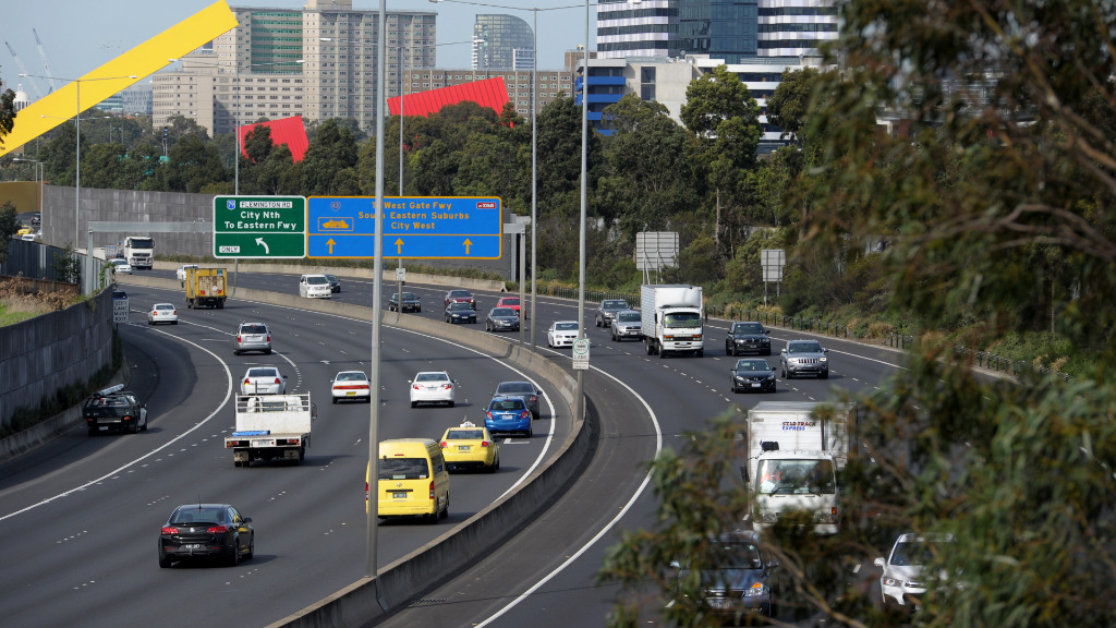 Melbourne's Tullamarine Freeway closed in both directions for roadworks overnight