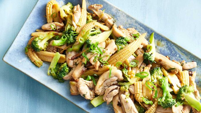 "<a href=""http://kitchen.nine.com.au/2017/01/09/12/38/pohs-cantonese-chicken-broccoli-and-ginger-stir-fry"" target=""_top"">Poh's Cantonese chicken, broccoli and ginger stir-fry</a><br> <br> <a href=""http://kitchen.nine.com.au/content/2016/06/06/21/59/stunning-stirfry-recipes"" target=""_top"">More stir-fries</a>"