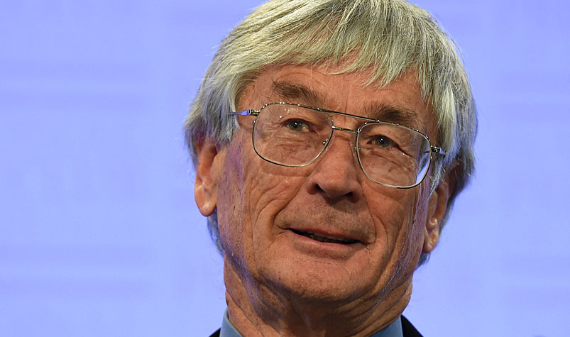 "Entrepreneur Dick Smith had written to Vegemite's American owners a number of times in a bid to bring the product home, but had never received ""a proper answer"". (AAP)"