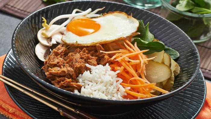 Tuna bipimbap recipe