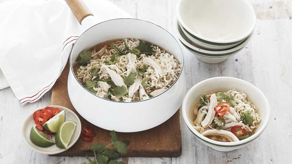 Maggi Asian chicken and corn noodle soup