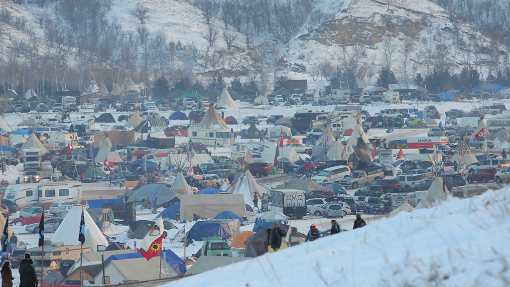 Work to resume on Dakota Access pipeline following army approval