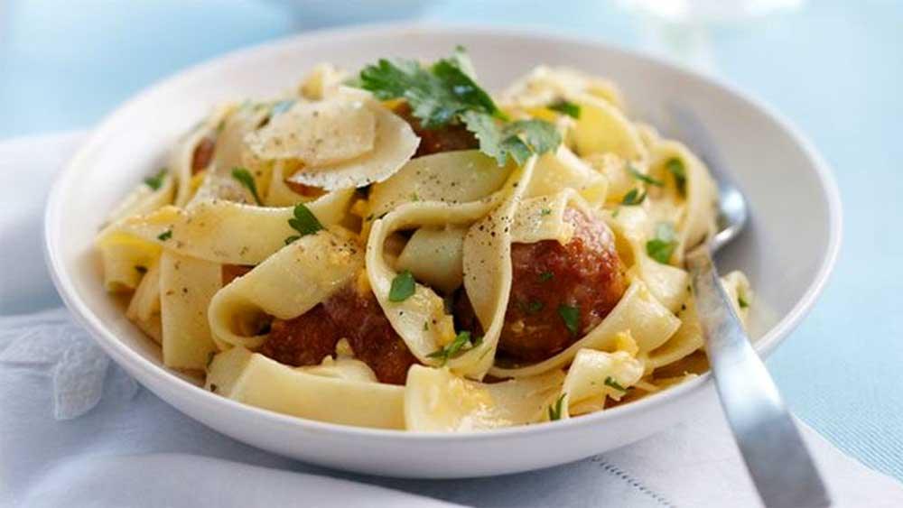 30 minute meals for kids. Pictured: Easy pasta carbonara with meatballs recipe