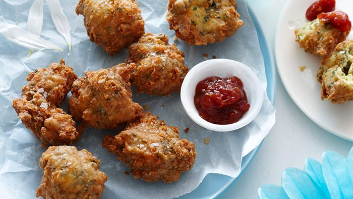 "<a href=""http://kitchen.nine.com.au/2016/05/13/13/32/cheese-and-herb-beignets"" target=""_top"">Cheese and herb beignets</a>"