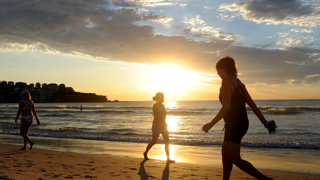 Sydney has just broken a 121-year-old heat record, and it's only day one of the heatwave