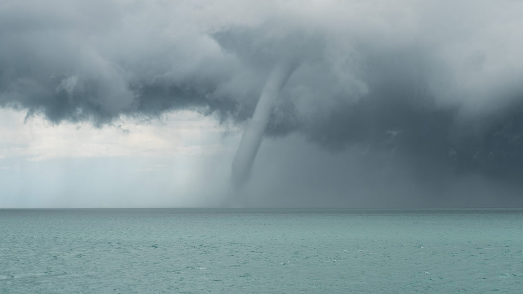 The waterspout lasted for close to seven minutes. (Supplied/Richard Young Photography)