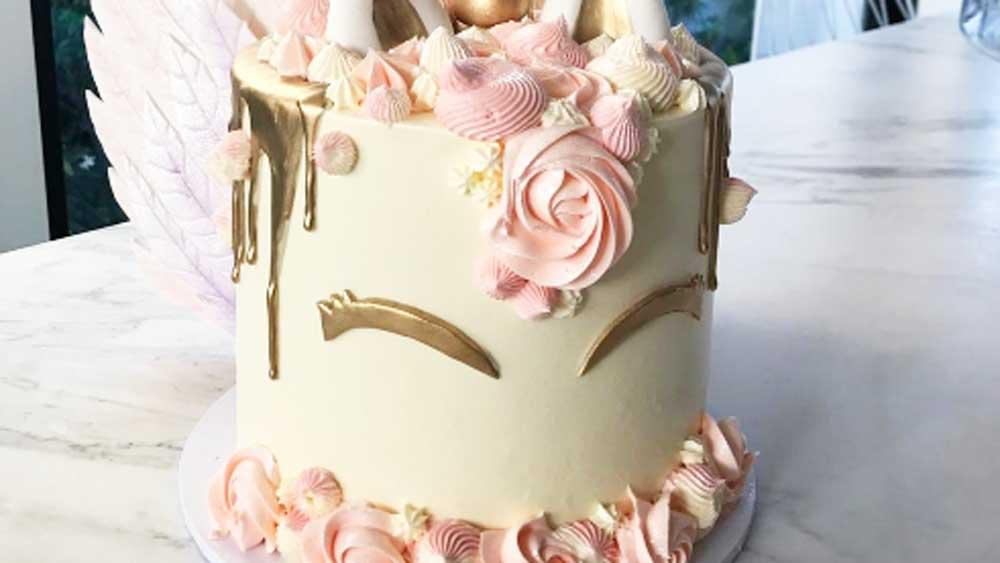 Instagram/@Becjudd's unicorn cake