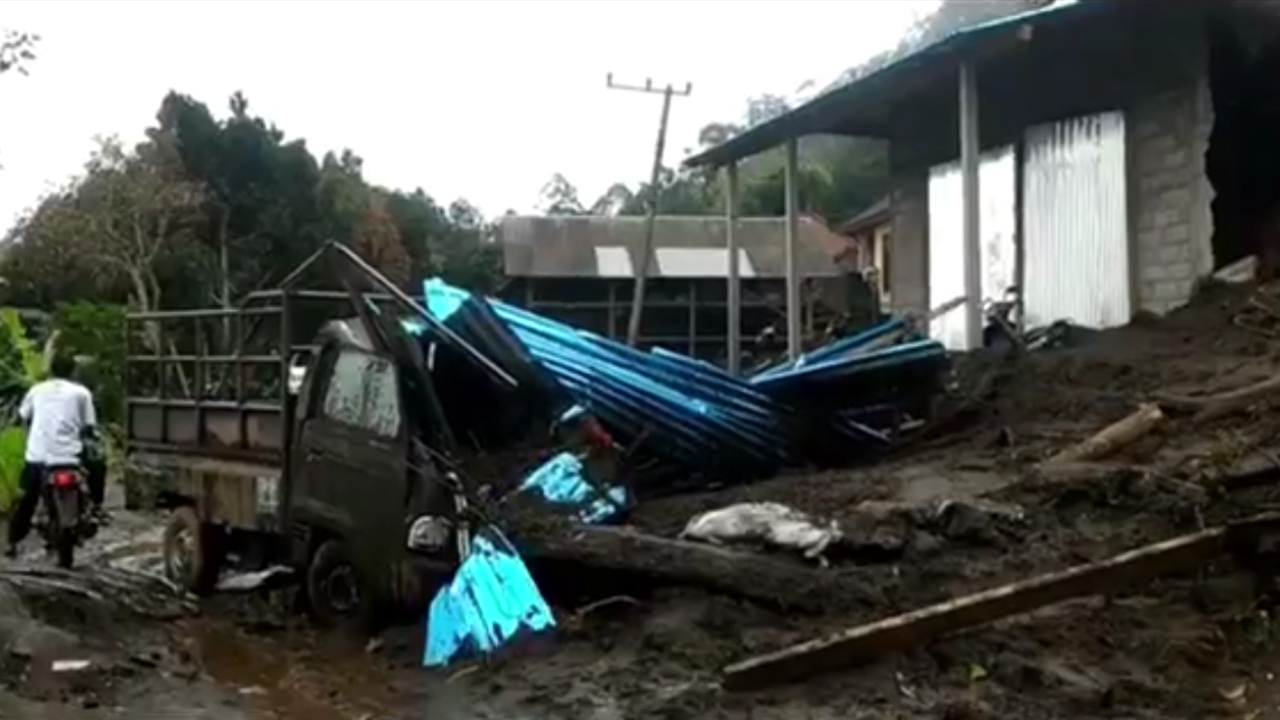 Extreme rain triggered the landslide. (Supplied)