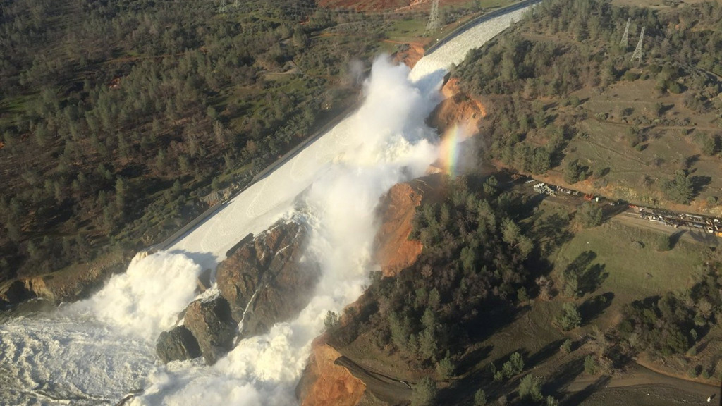 Thousands of people have been evacuated after water began overflowing at the tallest dam in the United States. (AAP)